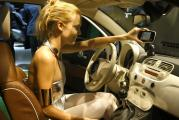 Fiat 500 подарили на день рождения кукле Барби
