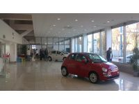 В Донецке открылся новый автосалон Fiat